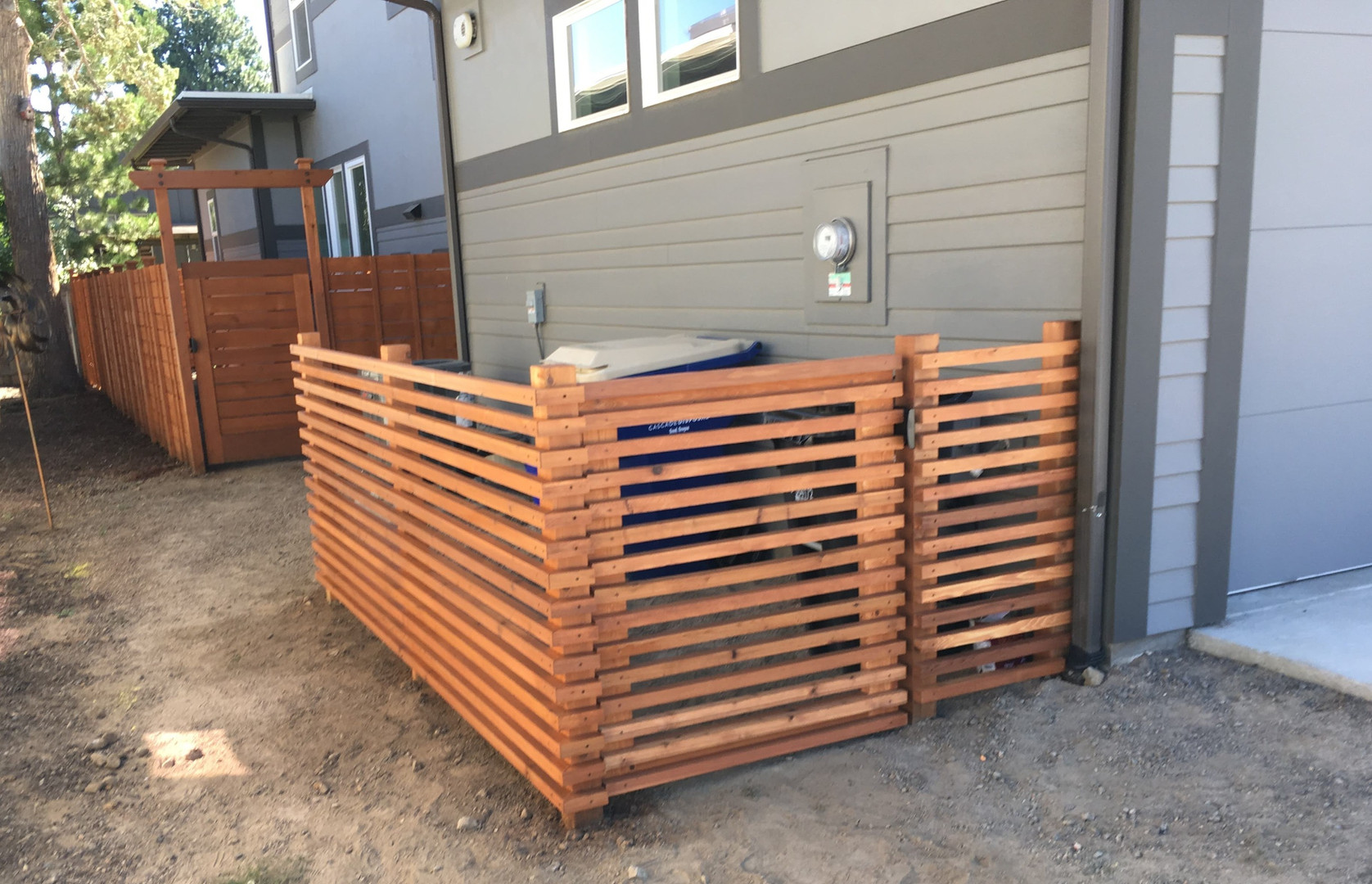 Custom Can Enclosure Horizontal Fencing
