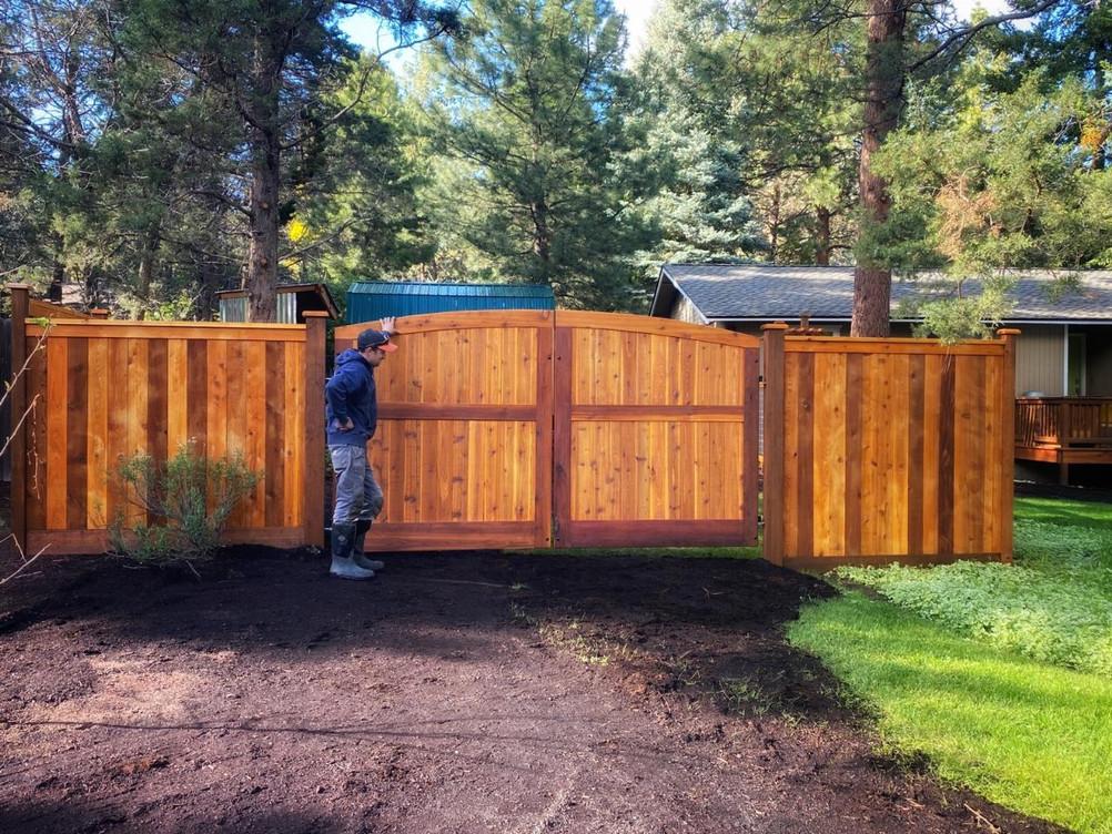 Cedar & Stone Central Oregon Wolf Gates
