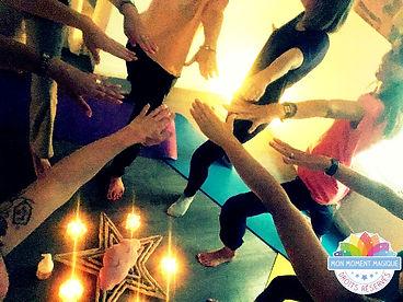 MMM_au_féminin_yoga.jpg