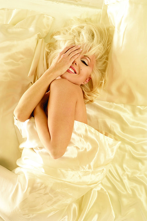 Marilyn Forever Blonde: 8x10 Photos