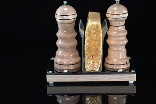 Salt and Pepper Mill Set (Myrtle wood III)