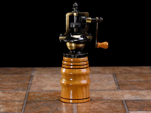 Old Fashion Crank Pepper Mill III (Cherry Wood)