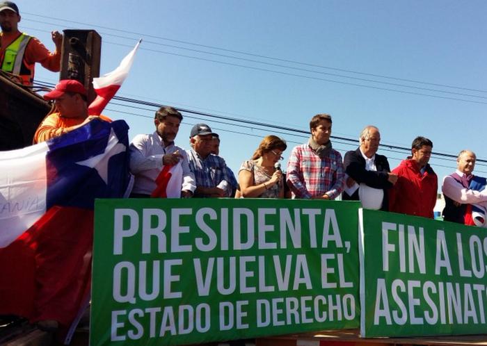 Masiva protesta en ruta 5; exigen acción enérgica al Gobierno