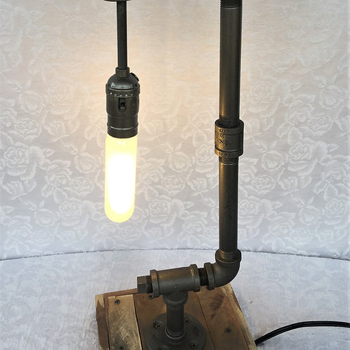 Drop Down bulb Table Lamp (7SUT7P5X20)