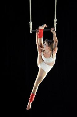 Violaine ARROUY - Théâtre St Louis - Trapèze