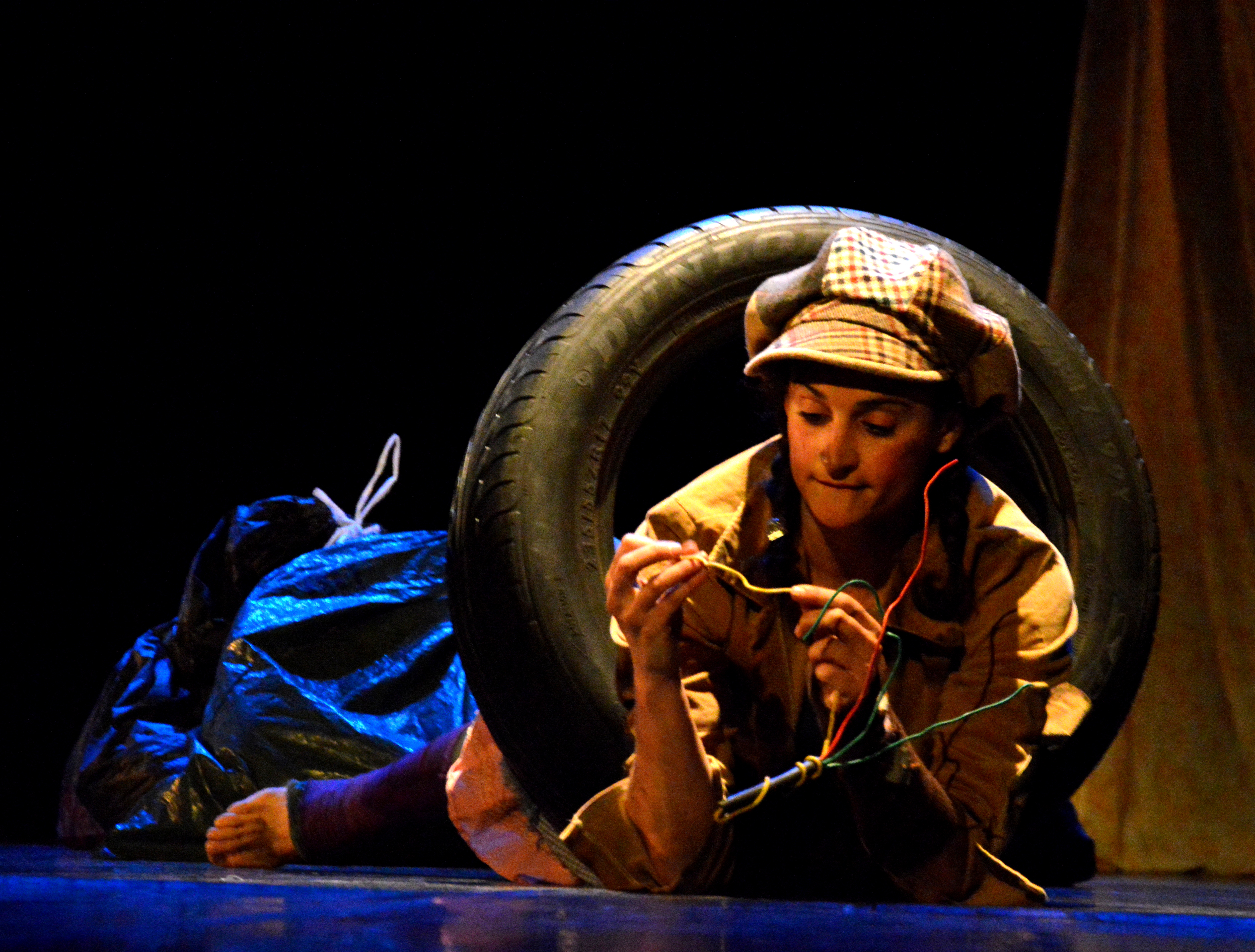 Violaine_ARROUY_-_Théâtre_St_Louis_-_Fleurs