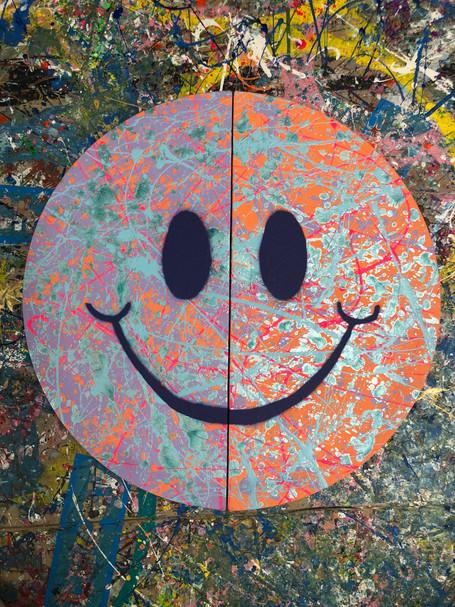 """20"""" Half & Half Smiley"""
