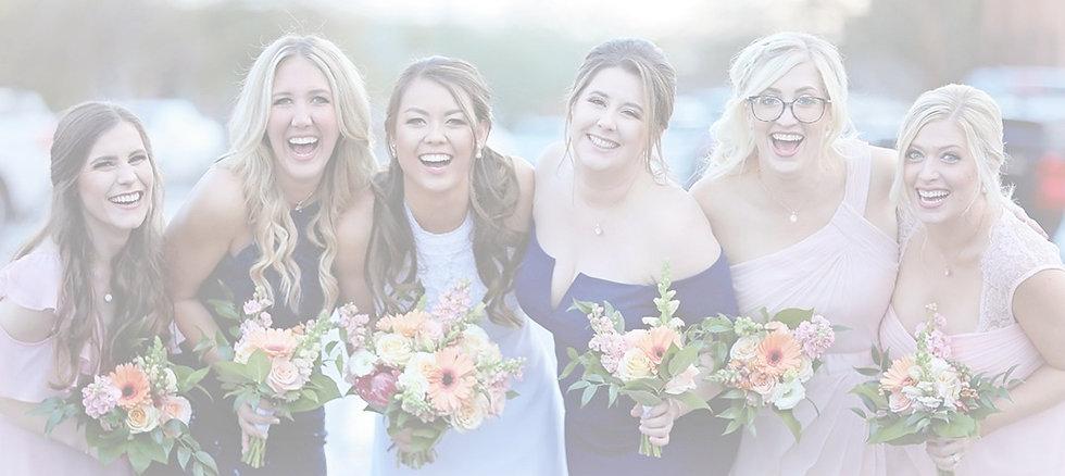bride-bridesmaids-flowers-bouquets-weddi
