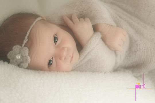 newborn_baby_photographer_Tucson_On_The_Rocks_Photography