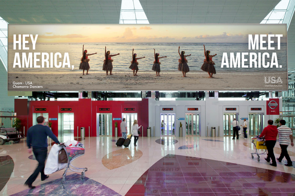 OOH: Hey America in the Airport