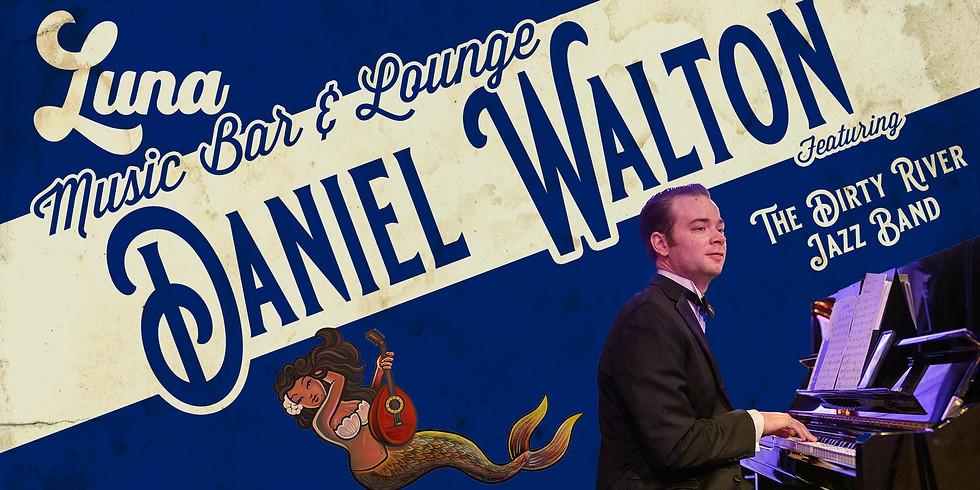 Dan Walton at LUNA