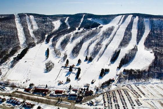 Skiing near Hamilton.jpg