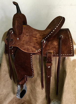 Elite Barrel Saddle Comes with Matching Breast Collar
