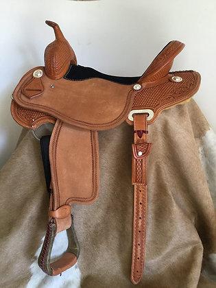 Round Skirt Barrel Saddle