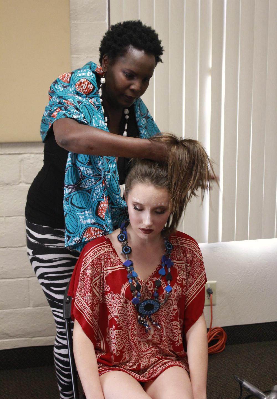 Pamela does Naia's head wrap