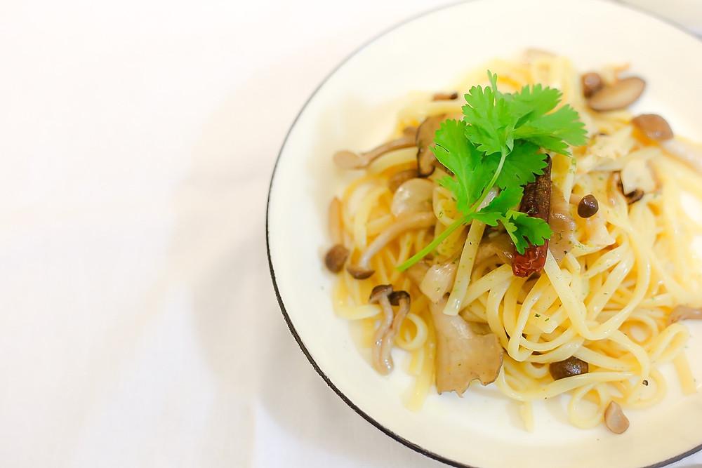 アーリオオーリオエペペロンチーノ aglio olio