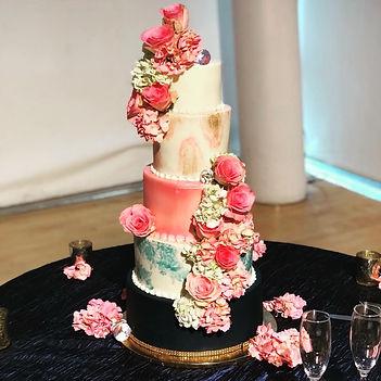 wedding cake photo.jpg