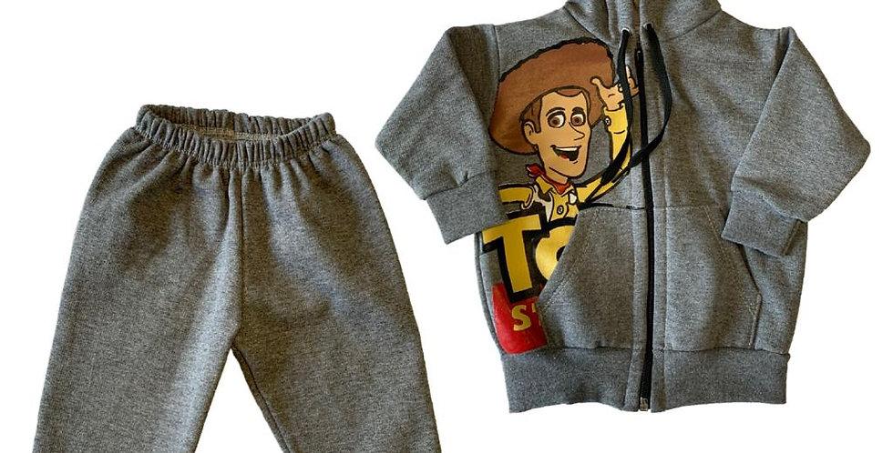 Campera con capucha y pantalón