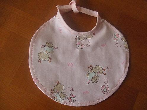 Bavoir - naissance- prématuré- rose petits moutons