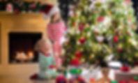 Children-Christmas-Toys-t.jpg