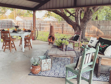Missy Redford's charming outdoor space