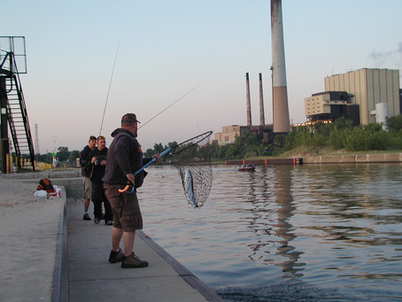 Indiana marinas: Boat-fishing legality