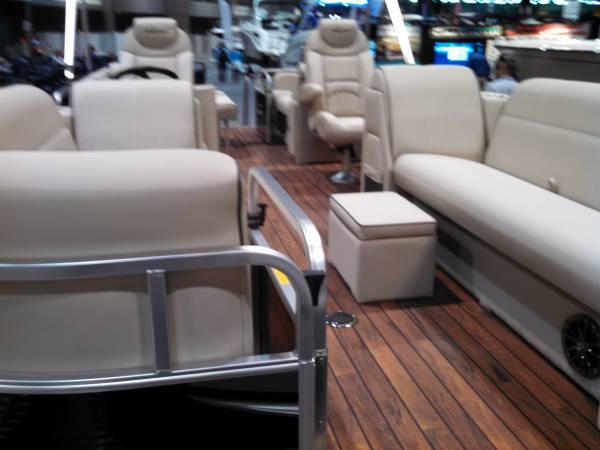 boatshow01-15-15pontoon-600x450.jpg