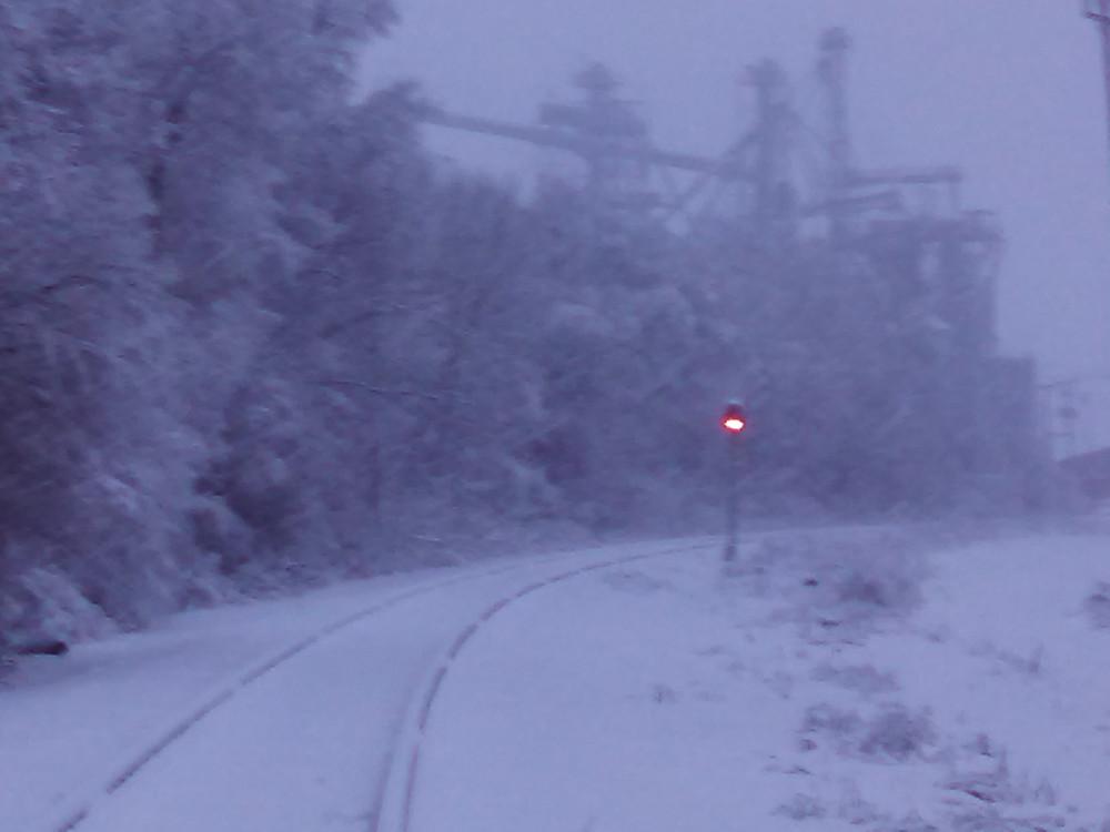 snow02-01-15siderail.jpg