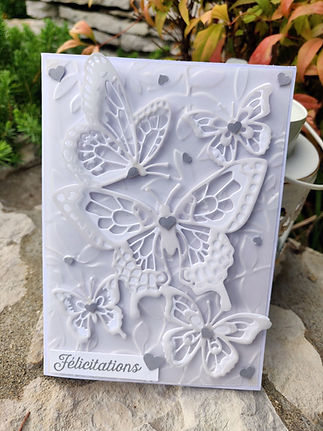 Carte 3D Felicitations Papillons blancs / Congratulations 3D card White Butterflies