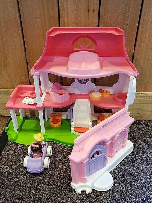 Fisher price little people doll house