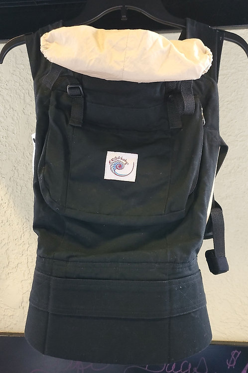 Ergo baby carrier black and camel