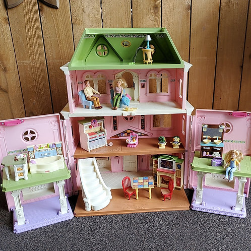 Fisher-Price pink doll house
