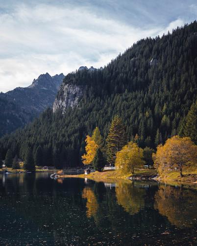 Arnisee im Herbst