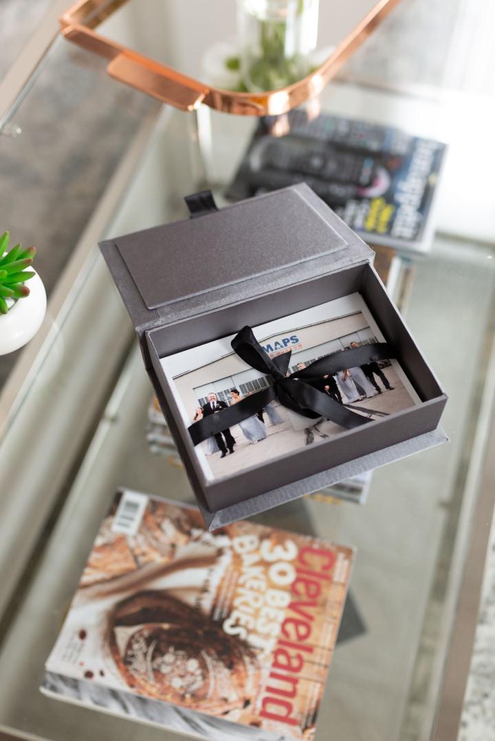 wedding photos in luxury box