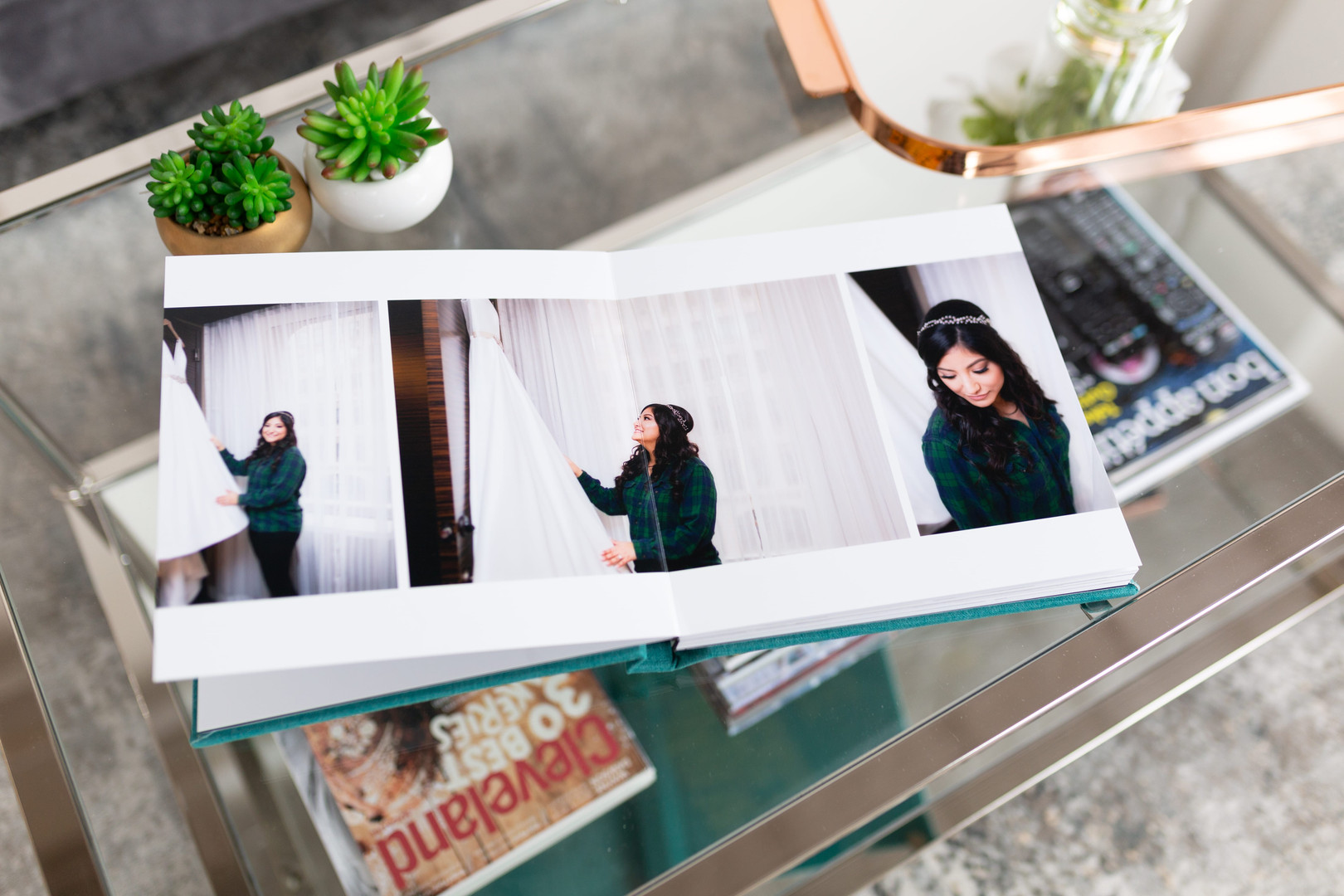 ohio wedding photographer offering wedding album