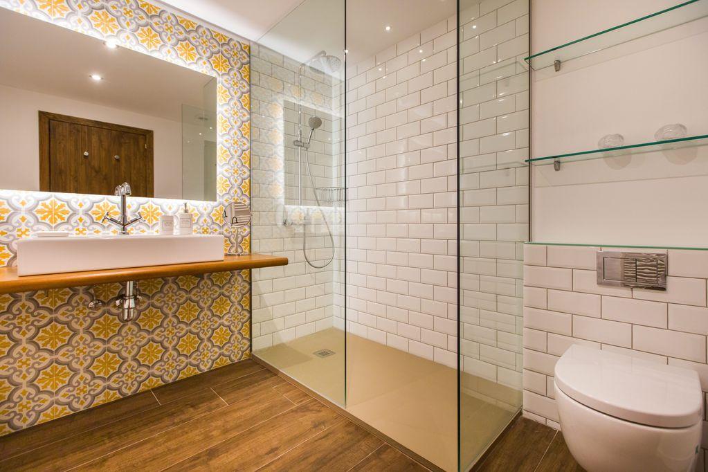 Siruana Bath.jpg