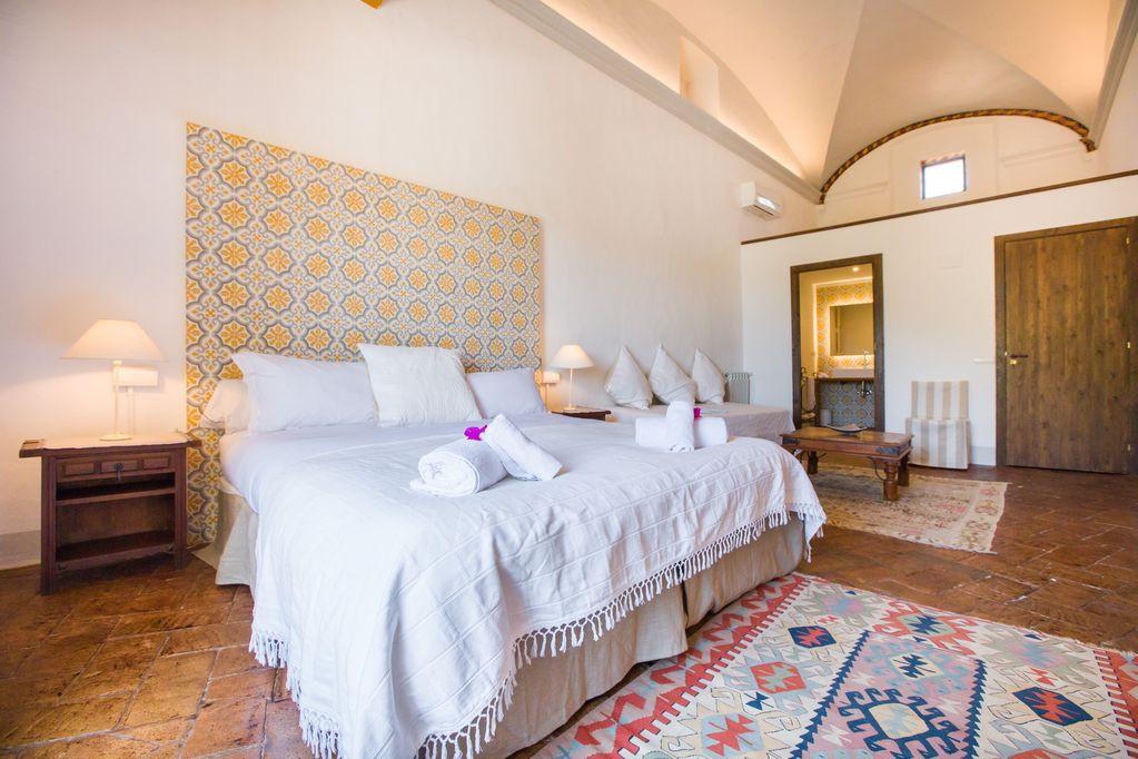 Siurana Bedroom .jpg