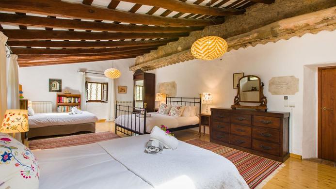 Penedes Room.jpg