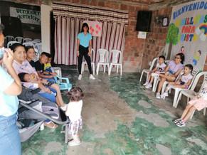 Madres e hijos del Distrito Aguablanca conocen sobre la ley 1098