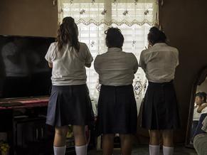 La trata de mujeres y niñas se extiende al ciberespacio por medio de las redes sociales