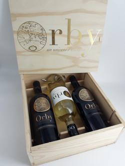 Coffret bois de 3 bouteilles Orby (1 blanc et 2 rouges)