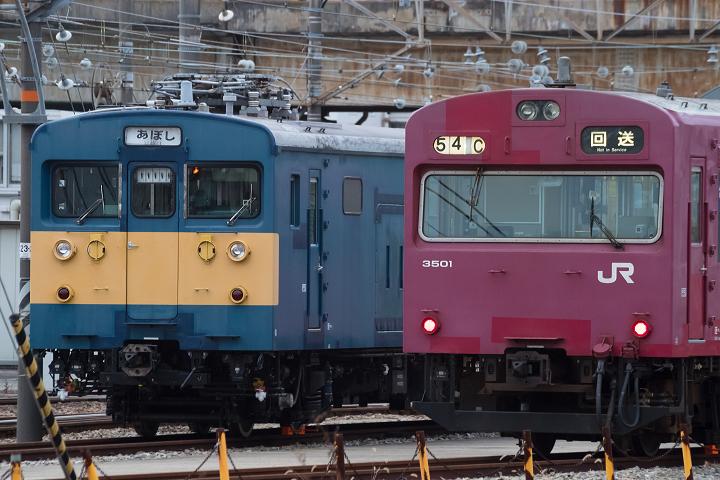 クモヤ145-698s.png