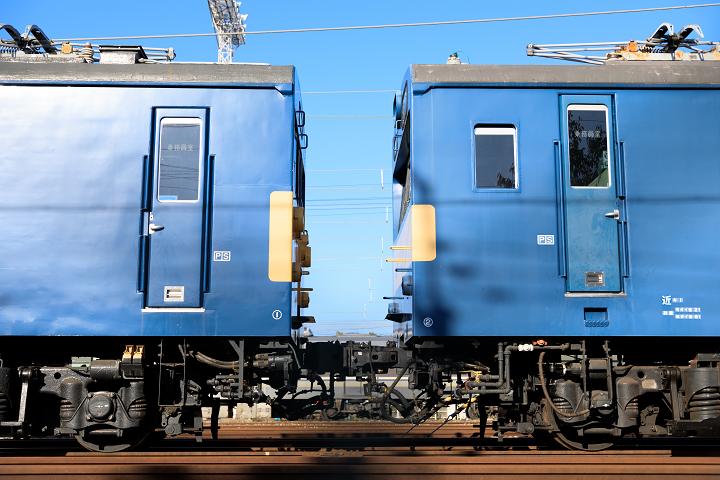 クモヤ145 × クモル145