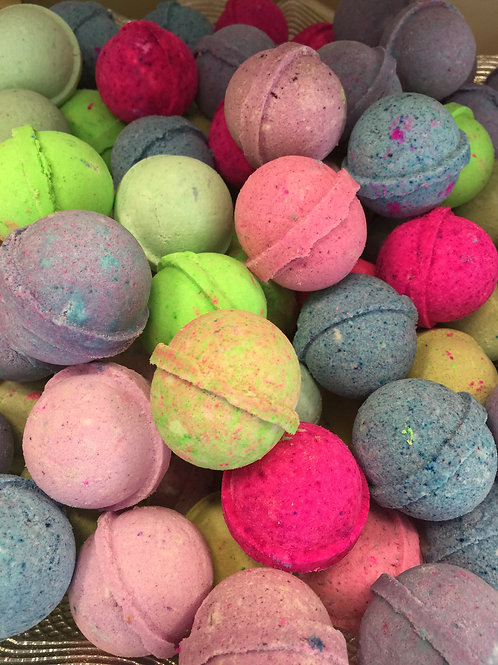 MYSTERY MIX BATH BOMBS