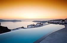 Piscina-Grace-Santorini.jpg