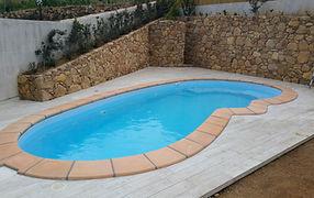 piscina in vetroresina modello Sirio 720