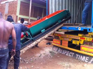 Machine transport naar Babati