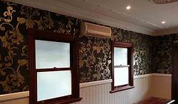 WALLPAPER - Upper walls wallpaper darker