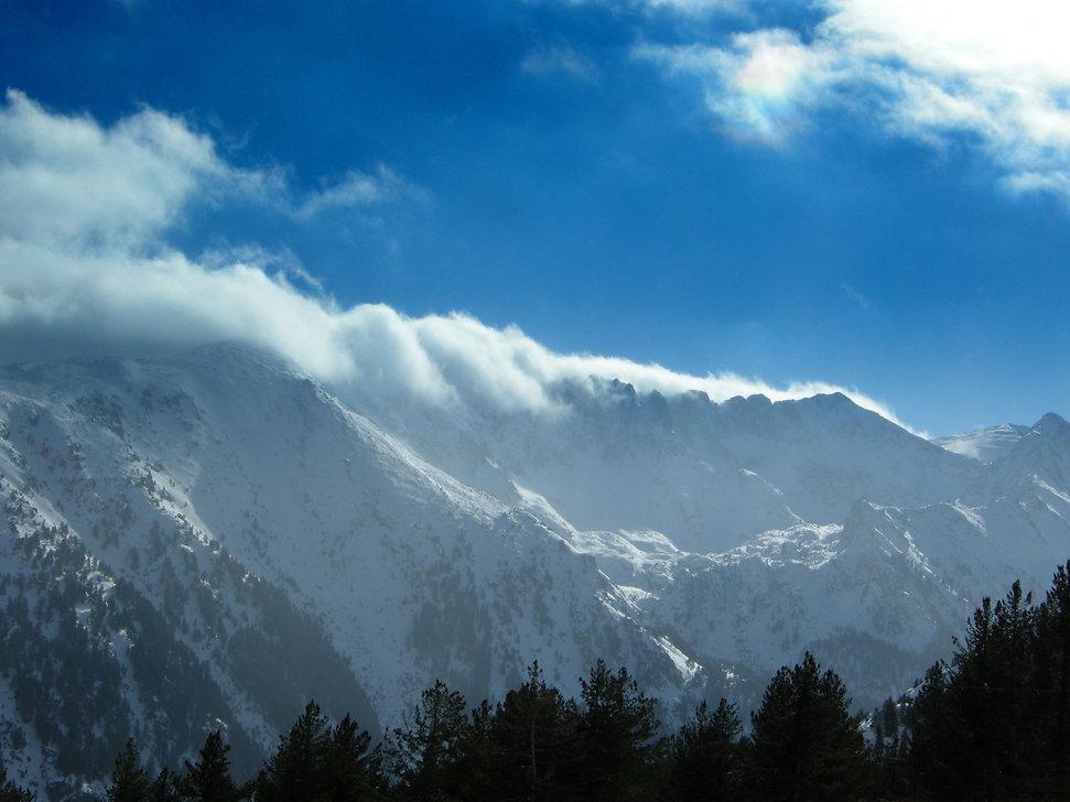 mountains snow.jpg