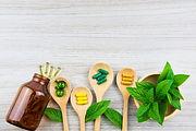 Plantes et comprimés pour des traitements non médicamenteux